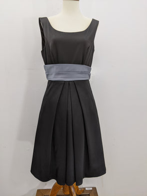 Max & Cleo Black Grey Sleeveless Cocktail Dress