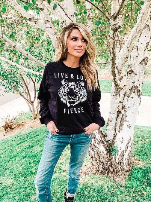 Live & Love Fierce Pullover