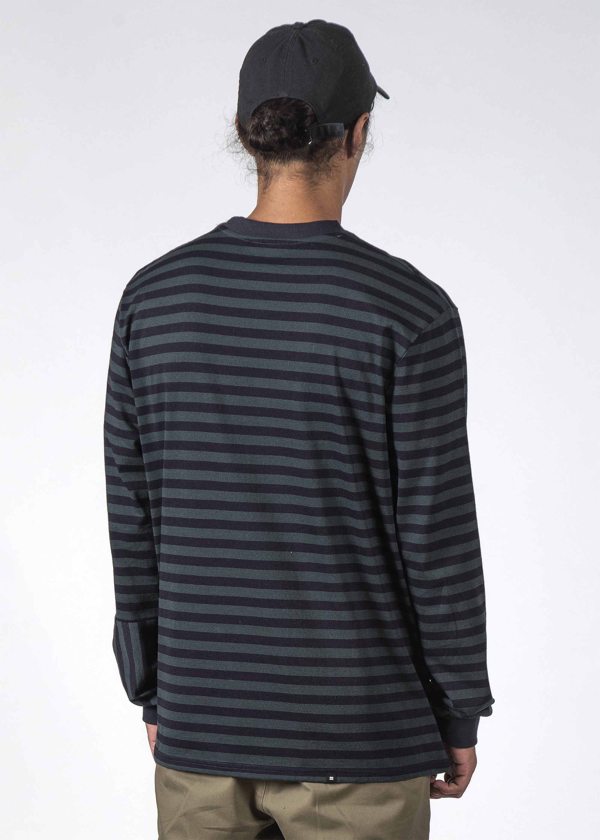 THE STRIPED REV LS TEE SLATE STRIPE