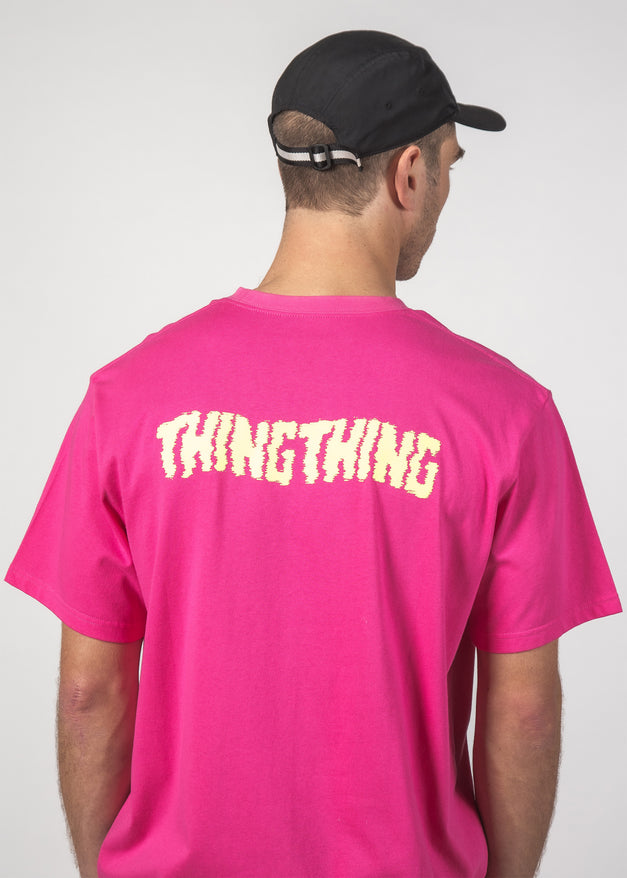 STAGGER S/S TEE MAGENTA