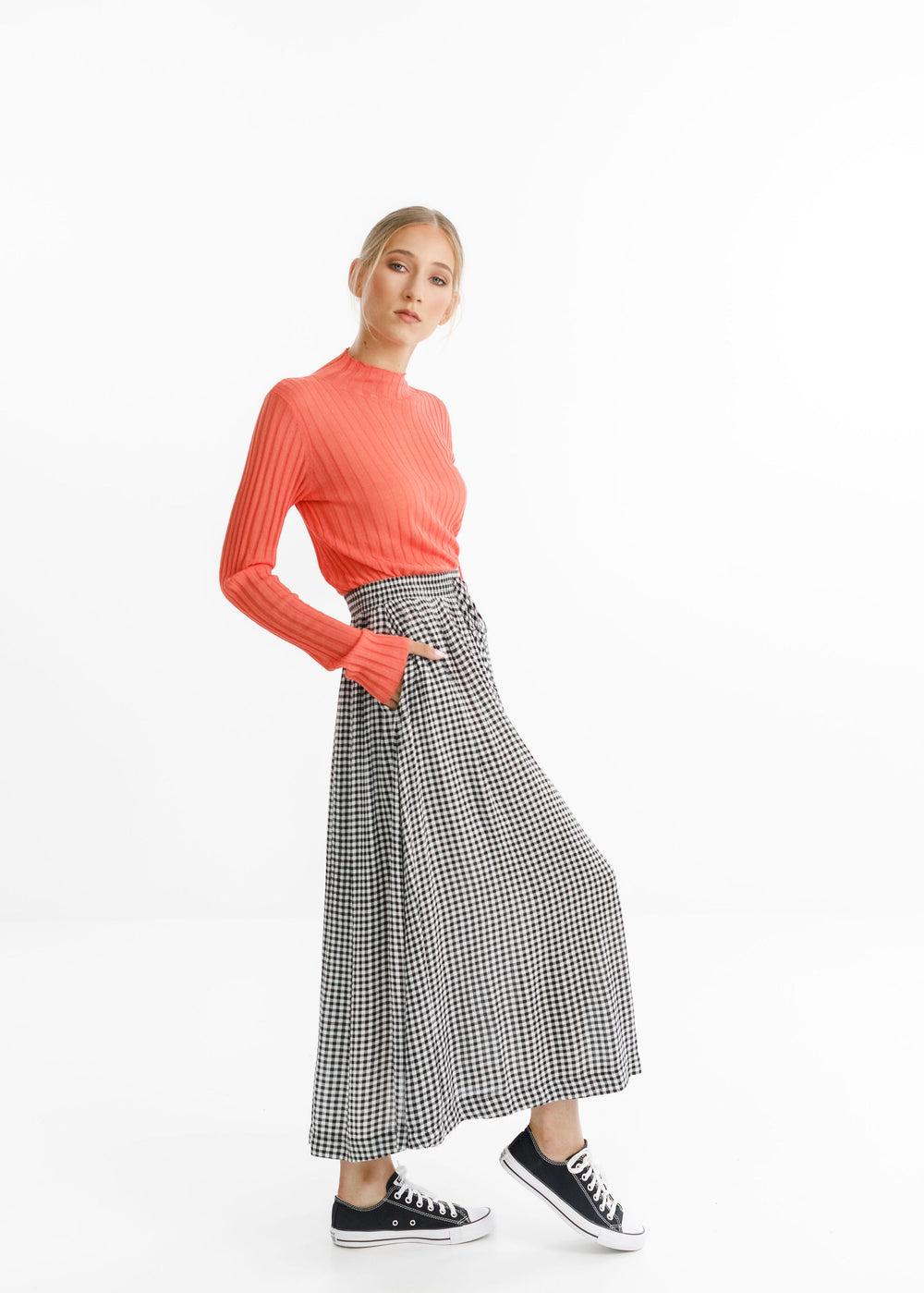 MYSTIC SKIRT - Black Gingham
