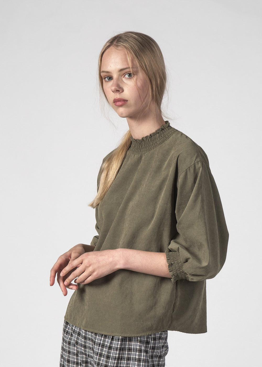 WISH TOP OLIVE SUEDE