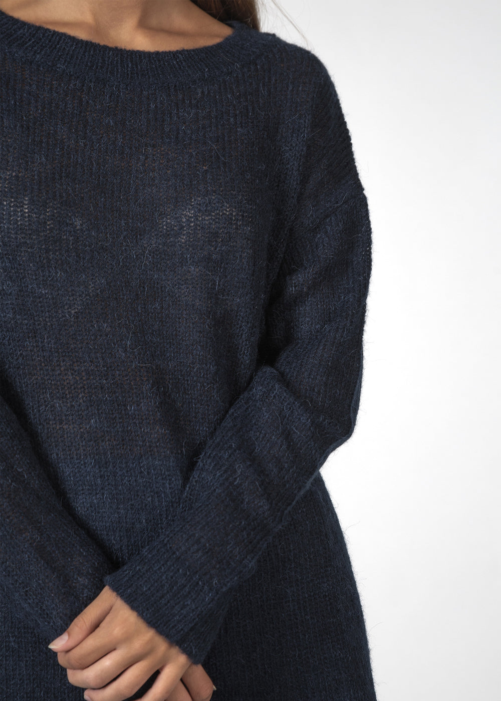 THE BOWIE SWEATER NAVY