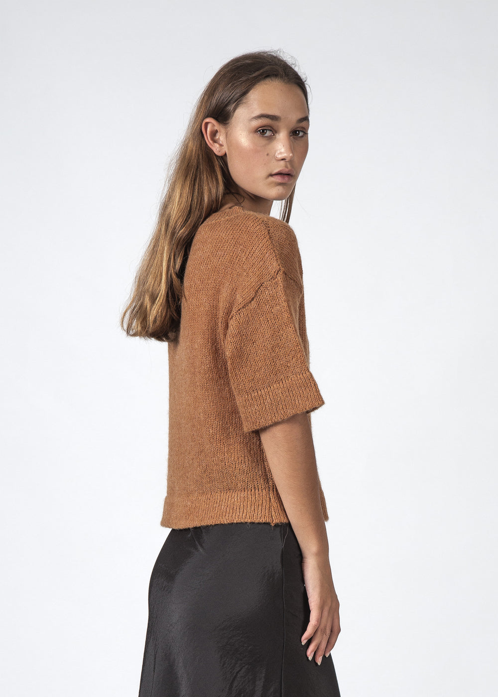 THE SAINT TEE OCHRE