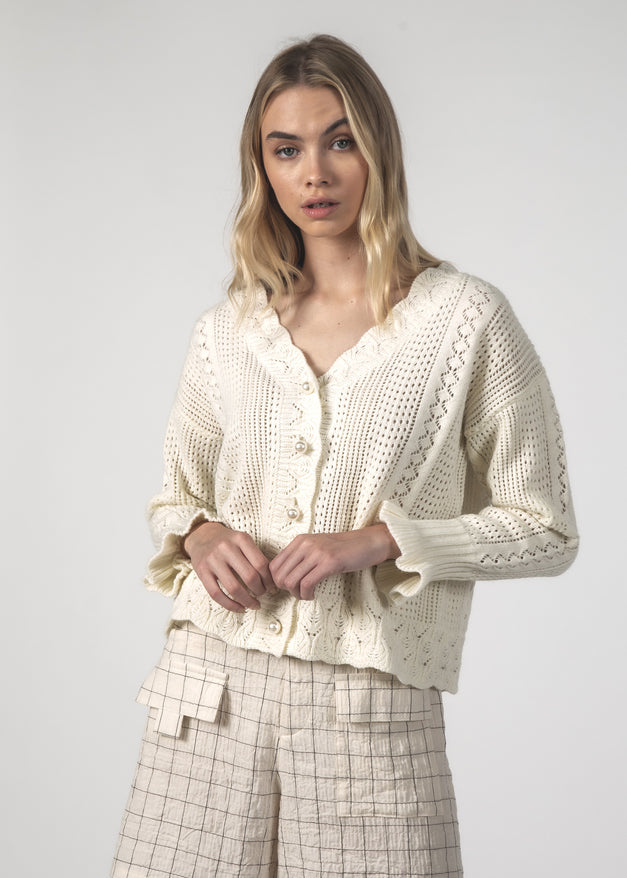 THE FLING CARDIGAN - CREAM