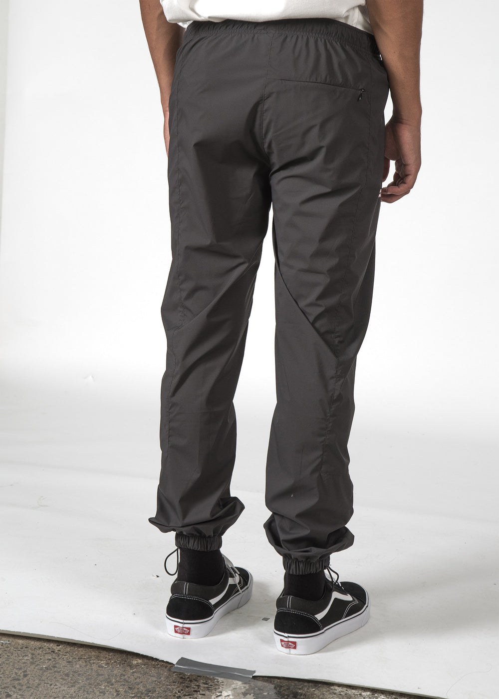 THE METRIC PANT OFF BLACK/BLACK