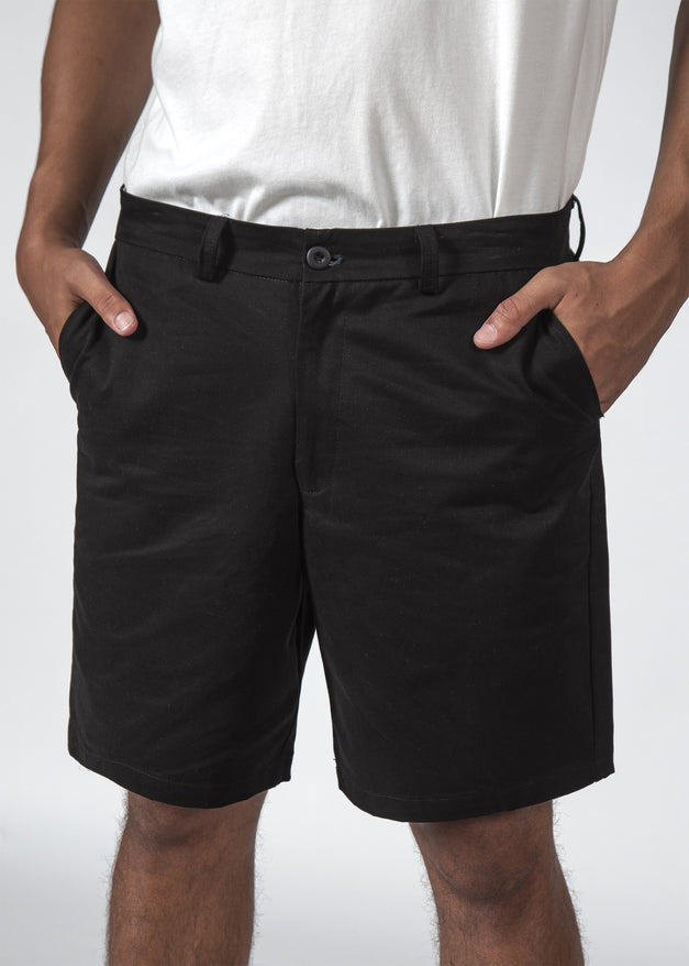 THE PACE SHORT BLACK