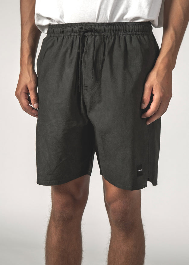 NAUT SHORT - Black Dye