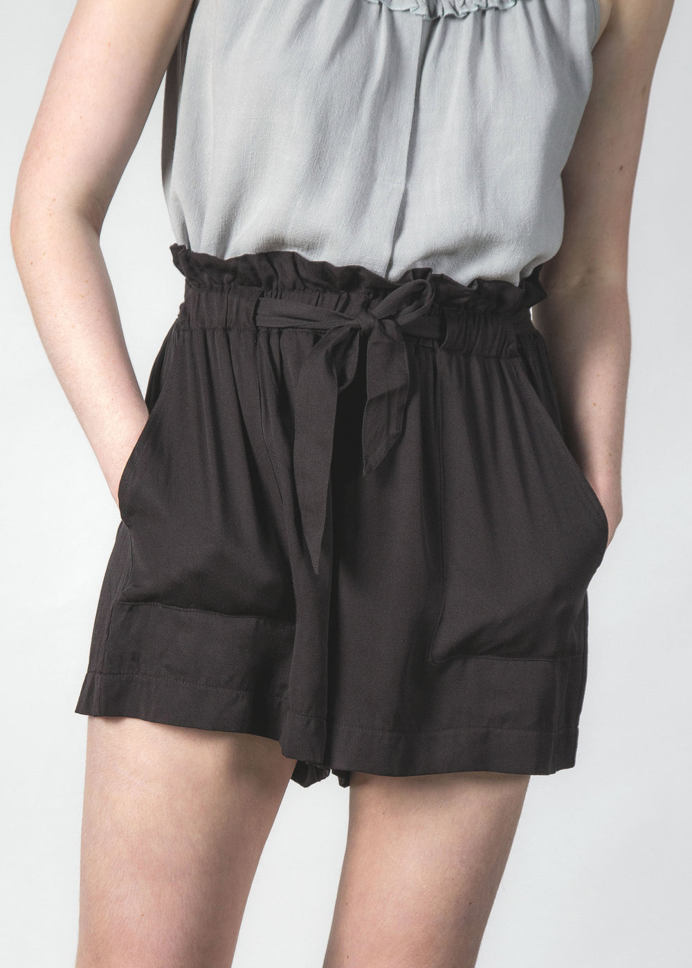 WONDER SHORT BLACK