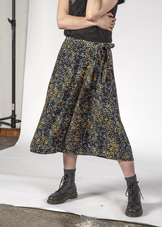 FREEDOM SKIRT - BLACK MINI BLOTCH