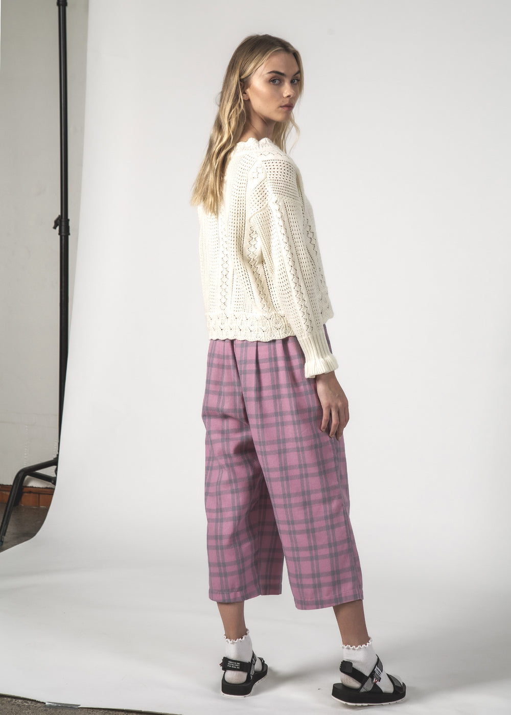 THE CRUISE PANT - BLUSH CHECK
