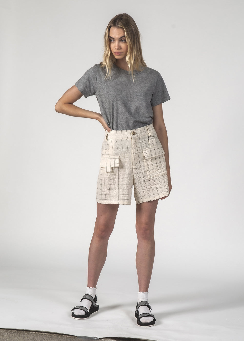 SQUAD SHORT - Cream Grid