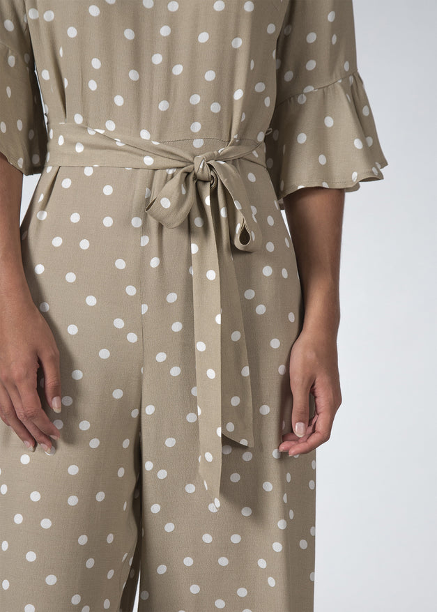 THE FREYA JUMPSUIT BEIGE POLKADOT