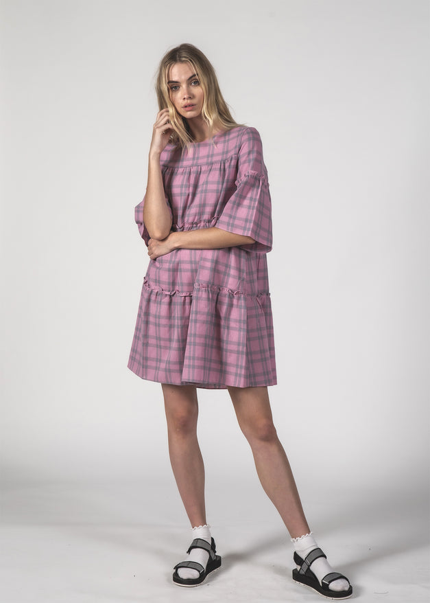 THE EASY GOING DRESS - BLUSH CHECK
