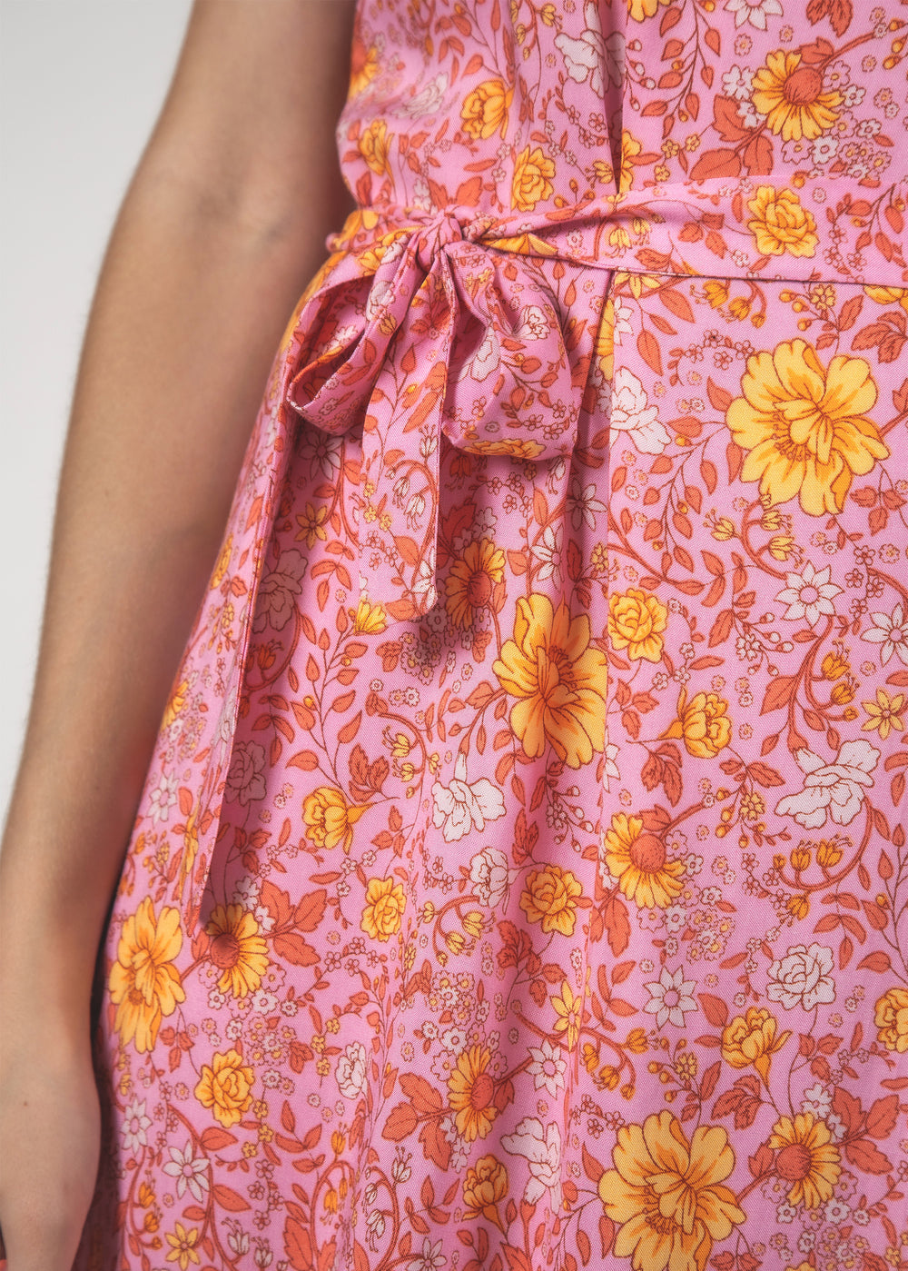 THE STELLA DRESS - FLORAL PINK