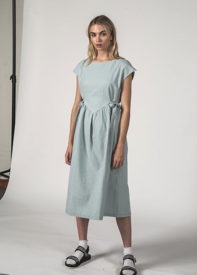 THE MARGOT DRESS - SKY CROSSHATCH