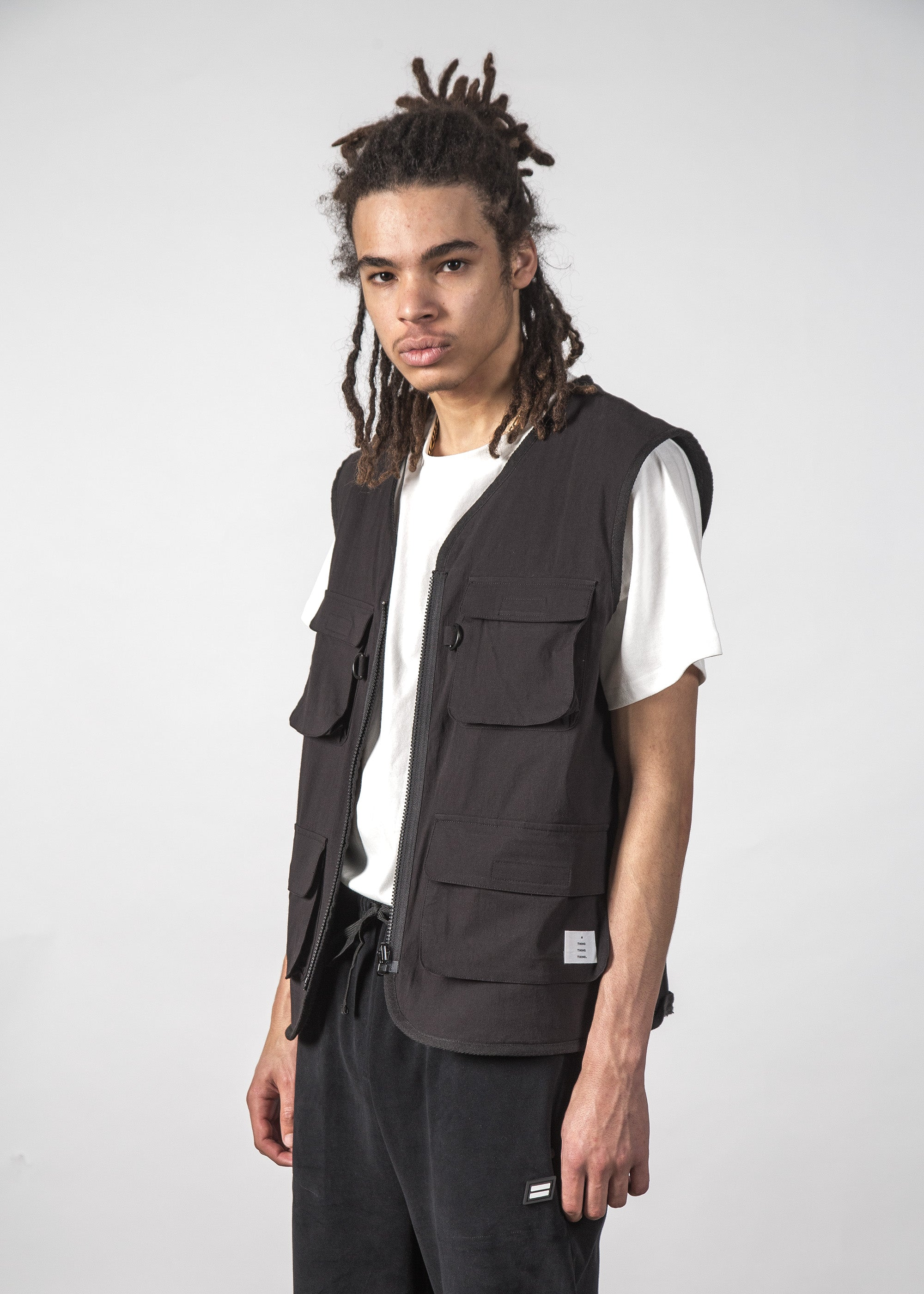 COMPLY VEST