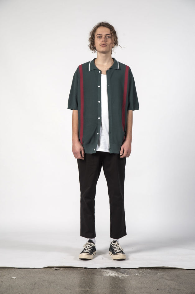 STRAY KNIT SHIRT - Forest Red