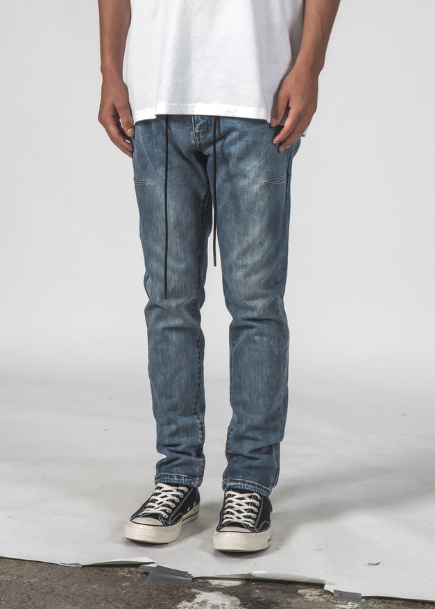 ATOM JEAN - LIGHT WASH DENIM
