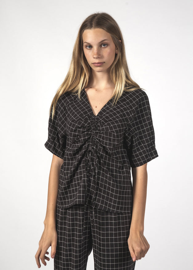 FLUSTER TOP - BLACK GRID