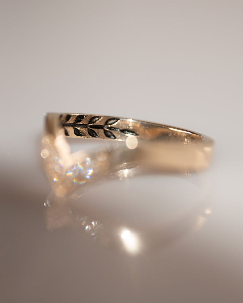 Andromeda Band Ring in White Diamond and 14K Fine Gold