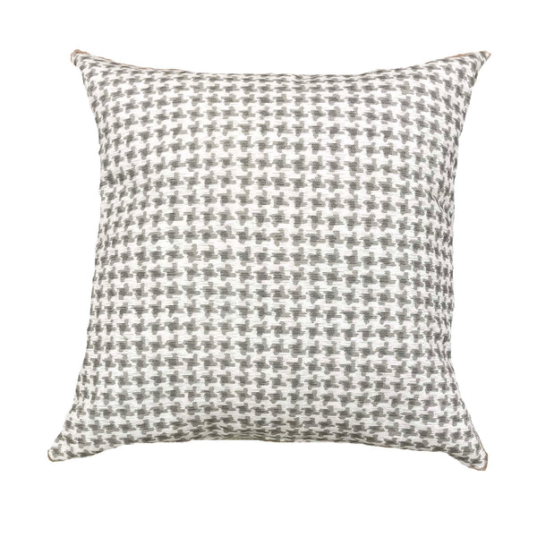 Stylish neutral pillows with luxe linen - OMAR - Studio Pillows