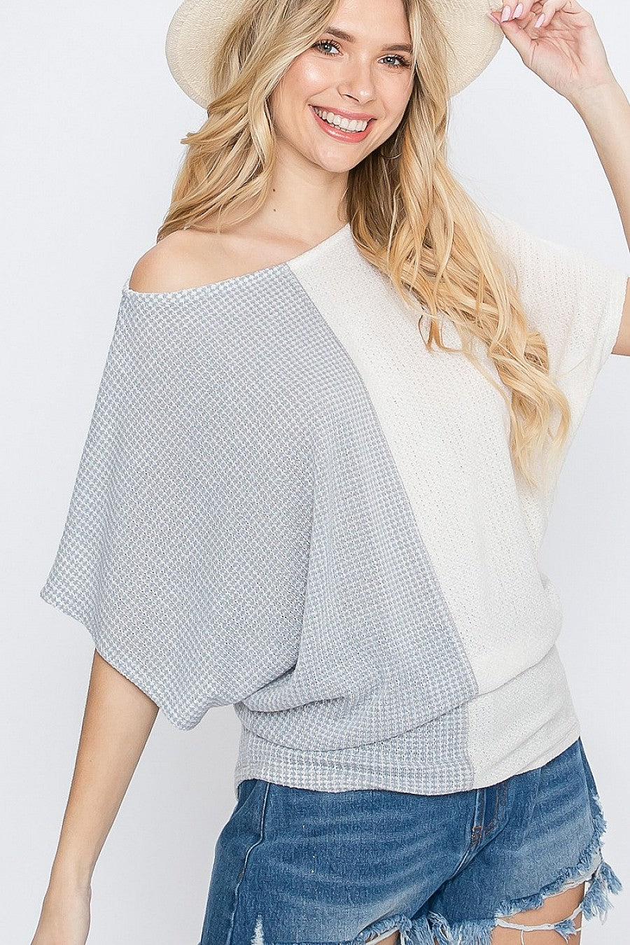 Color block dolman sleeve top   also in Plus
