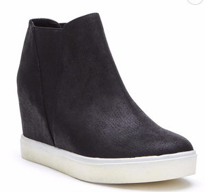 Chic Street Wedge Sneaker - LURE by Matisse