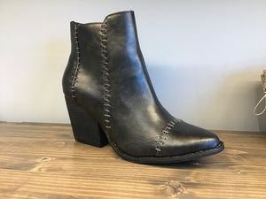 Distressed and Stitched finish Elaine bootie w/bold block heel