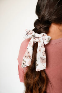 Small Scrunchie Scarf - Petit Pink Floral
