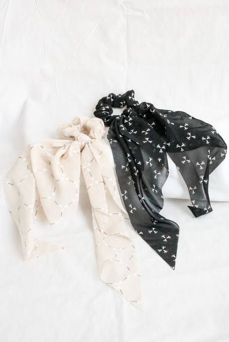 The Dainty Scarves