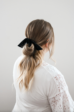 Load image into Gallery viewer, Midnight Bow Scrunchie