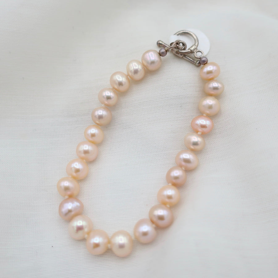 Blush Pearl Friendship Bracelet