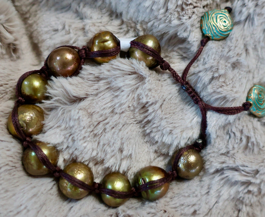 Adjustable Moss Green Pearl Bracelet