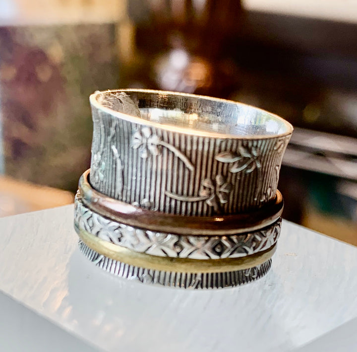 Patterned Silver Spin Ring