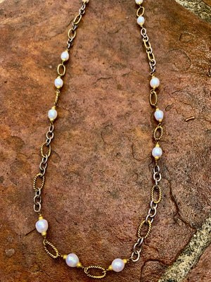 Sale Pearl and Chain Necklace