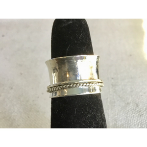 Wide Band Spinner Ring