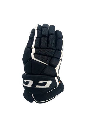 CCM SUPER TACKS AS1 JUNIOR GLOVES