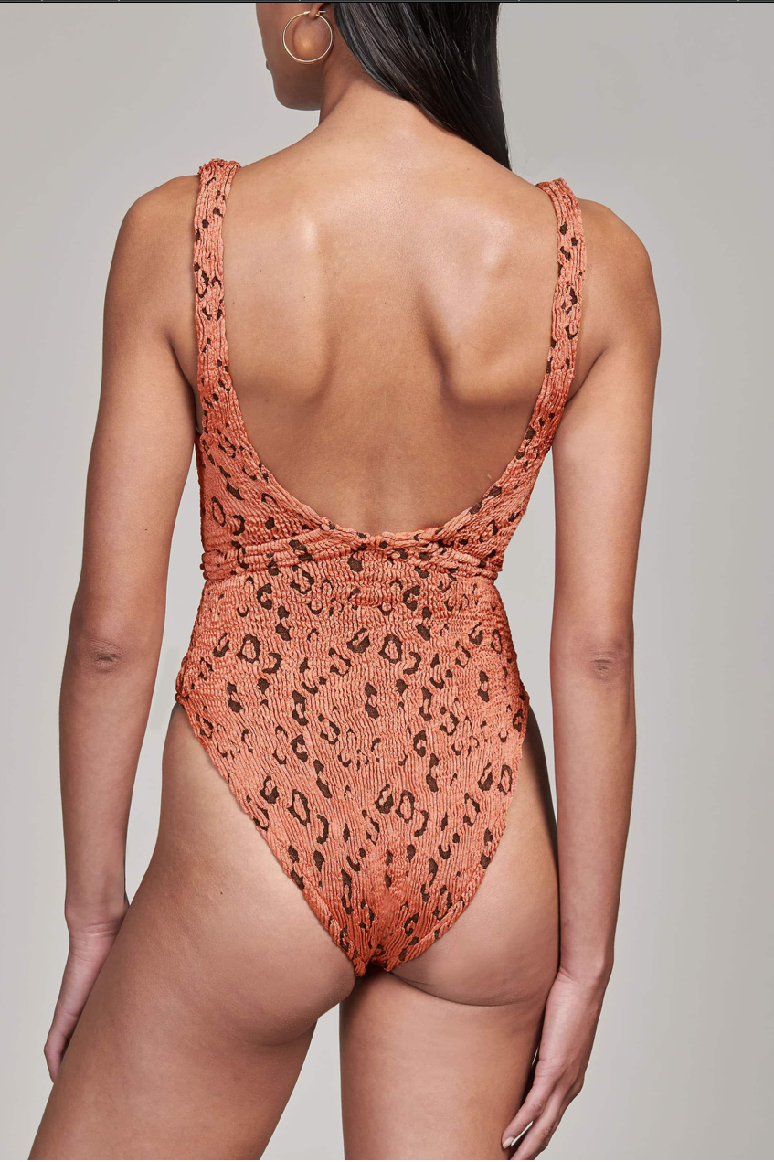 Solitaire One Piece with belt in Metallic Rust Leopard