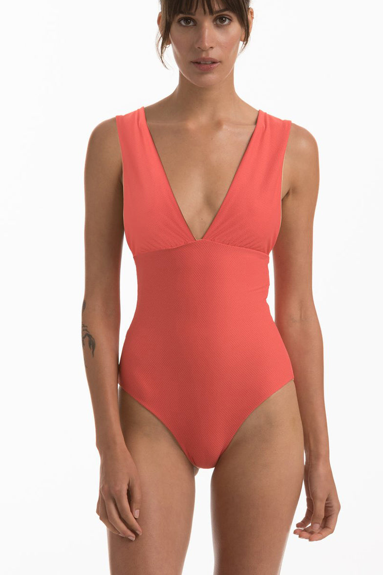 Grove One Piece in Cuban
