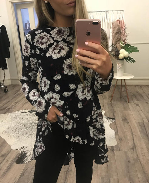 Hi-lo Top / Navy Floral