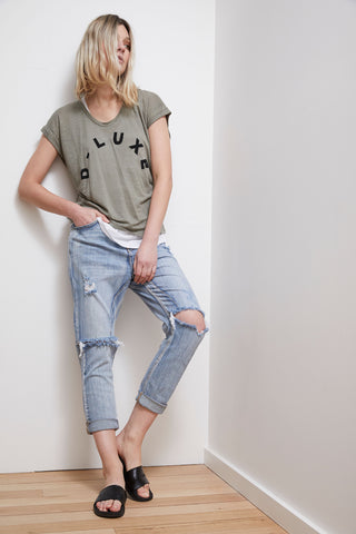 D-Luxe Linen Scoop Neck Tee