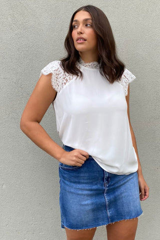 Willow Lace Frill Sleeve Top