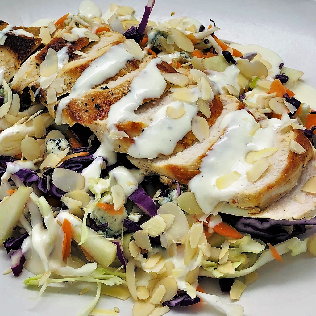 Familychef 30' Chicken & Blue Cheese Salad plate
