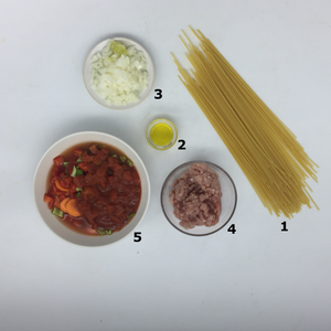 Familychef spaghetti with minced meat ingredients