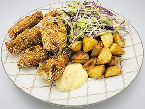 Familychef 35' Quinoa Breaded Chicken Wings plate