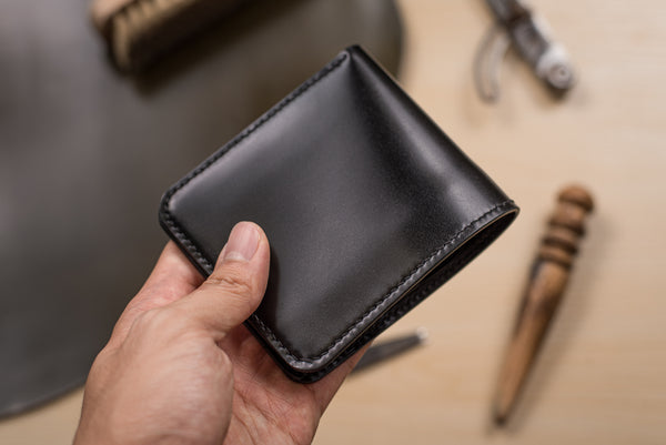 CUSTOMIZABLE - 6-Slot All Black Shell Cordovan Leather Billfold Wallet