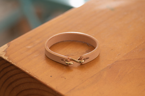 Natural Vegetable-tanned Leather S Hook Bracelet