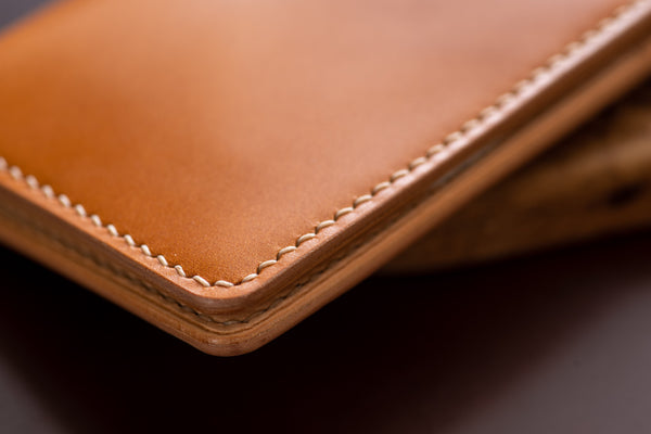 7 COLORS- Burgundy Shell Cordovan & Natural Leather Vertical Card Wallet