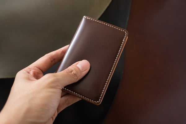 7 COLORS- Brown Shell Cordovan & Natural Leather Vertical Card Wallet - Eternal Leather Goods